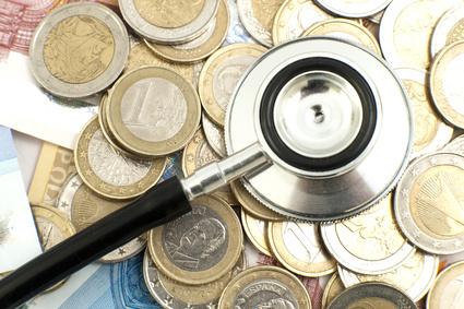 Stéthoscope au milieu d'argent